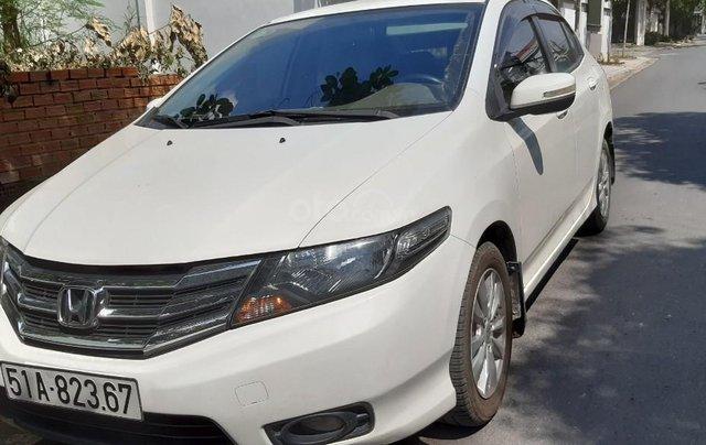 Cần bán xe Honda City 1.5G sản xuất 2014, màu trắng4