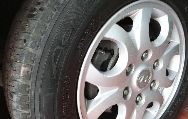 Bán Hyundai Starex MT 2.5 9 chỗ ĐK 2012, màu vàng, nhập khẩu3