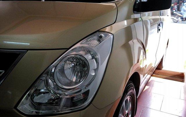 Bán Hyundai Starex MT 2.5 9 chỗ ĐK 2012, màu vàng, nhập khẩu7