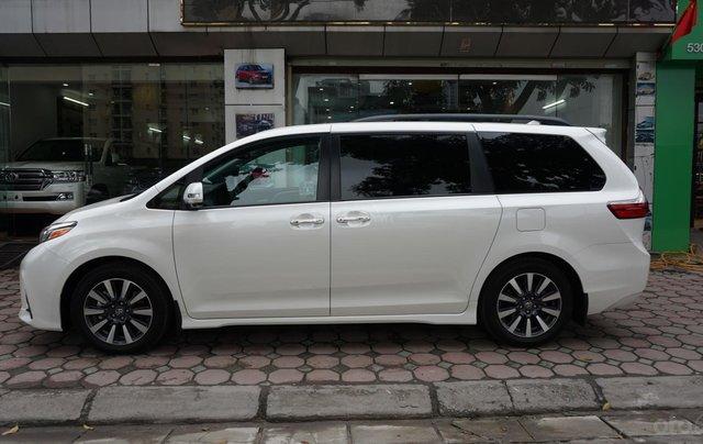 Bán Toyota Sienna Limited 1 cầu 2019, giá tốt, xe giao ngay trong ngày, LH Ms Hương 094.539.24683