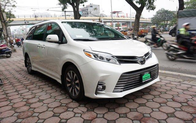 Bán Toyota Sienna Limited 1 cầu 2019, giá tốt, xe giao ngay trong ngày, LH Ms Hương 094.539.24687