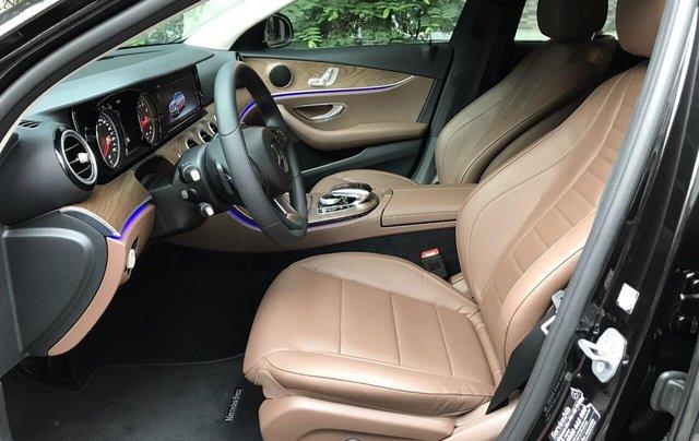 Bán xe Mercedes E200 2019 form mới, màu đen, biển số VIP7