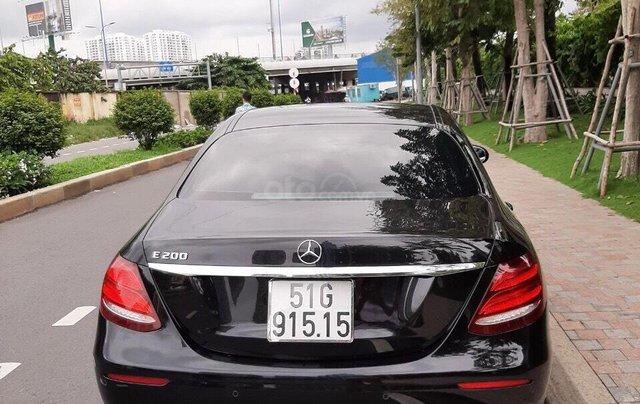 Bán xe Mercedes E200 2019 form mới, màu đen, biển số VIP12