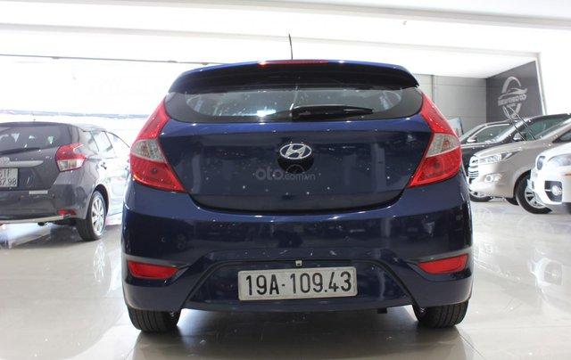 Bán Hyundai Accent 1.4 Hatchback sản xuất 2015, màu xanh lam, xe nhập5
