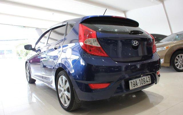 Bán Hyundai Accent 1.4 Hatchback sản xuất 2015, màu xanh lam, xe nhập6