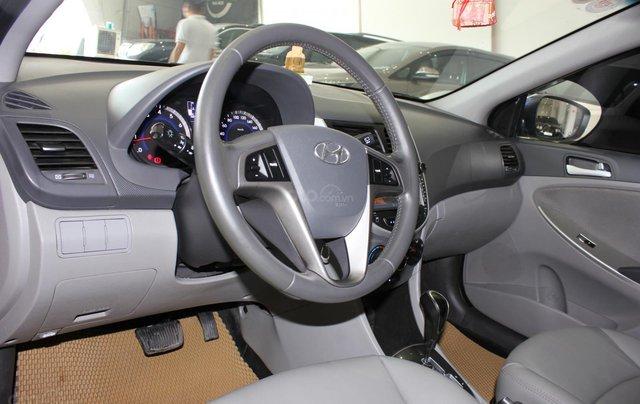 Bán Hyundai Accent 1.4 Hatchback sản xuất 2015, màu xanh lam, xe nhập7