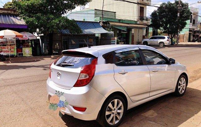 Bán Hyundai Accent 2015, màu bạc, nhập khẩu, xe rất đẹp0