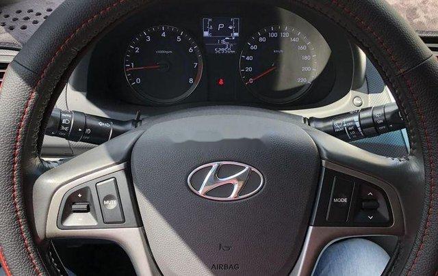 Bán Hyundai Accent 2015, màu bạc, nhập khẩu, xe rất đẹp6