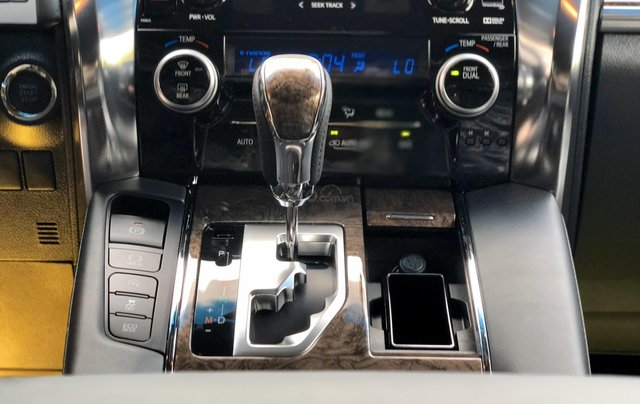Cần bán xe Toyota Alphard 7 chỗ Executive Lounge 3.5L đời 2020, màu đen, có xe giao ngay, Hotline: 0914.868.19824