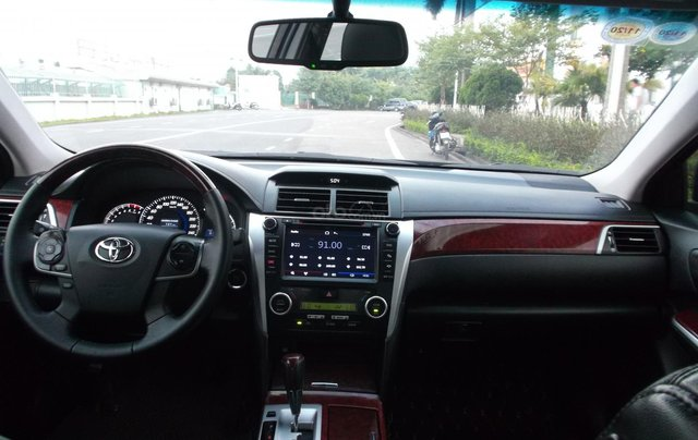 Bán xe Toyota Camry 2.5Q sản xuất năm 2014, màu đen, giá chỉ 838 triệu8