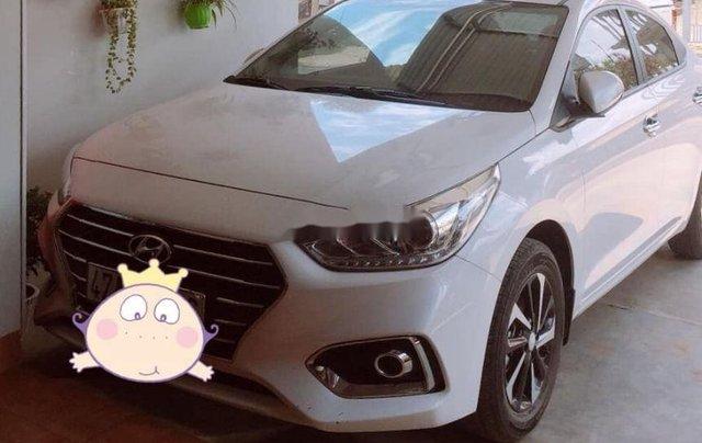 Cần bán lại xe Hyundai Accent 1.4 đời 2015, màu trắng xe gia đình, giá tốt1