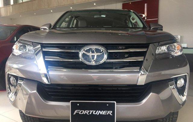 Toyota Fortuner 2.4G AT, giao ngay, giá cực tốt 09068823290