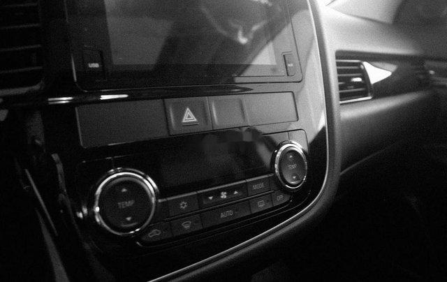 Bán Mitsubishi Outlander năm 20196