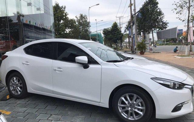 Mazda 3 2019 mới 100% chạy số ưu đãi tháng 10, LH ngay 0942.716.2296