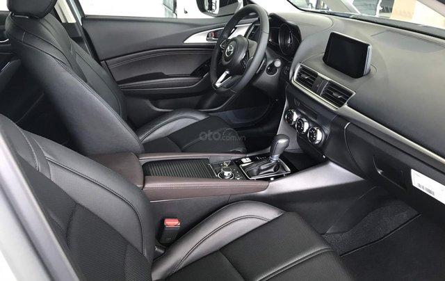 Mazda 3 2019 mới 100% chạy số ưu đãi tháng 10, LH ngay 0942.716.2298
