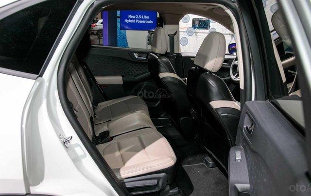 Phân biệt xe Ford Escape 2020 và đời cũ qua ảnh11