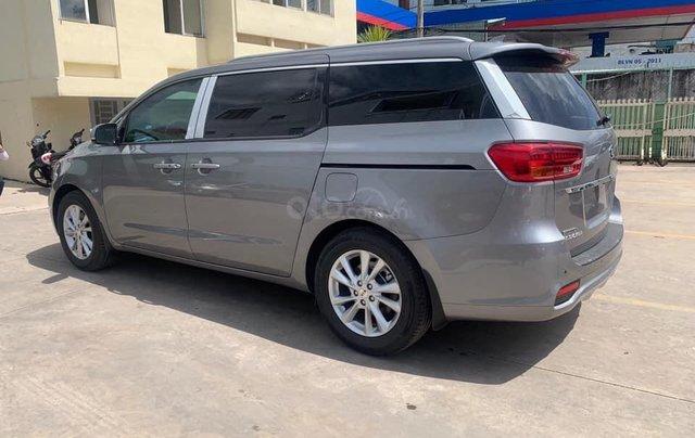 Kia Sedona 2019 - Chỉ 850tr nhận xe ngay, hỗ trợ vay tối đa 8 năm, 80%2