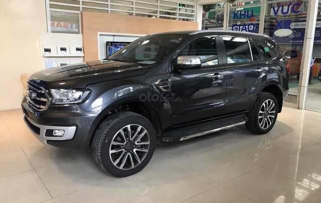 Bán Ford Everest 2019 nhập khẩu - đủ màu, giao ngay, khuyến mãi hấp dẫn, LH: 0908812440