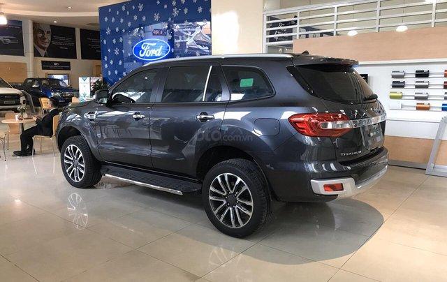 Bán Ford Everest 2019 nhập khẩu - đủ màu, giao ngay, khuyến mãi hấp dẫn, LH: 0908812443