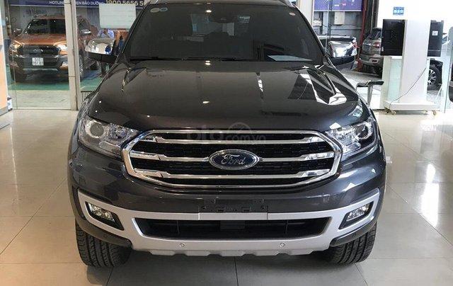 Bán Ford Everest 2019 nhập khẩu - đủ màu, giao ngay, khuyến mãi hấp dẫn, LH: 0908812444