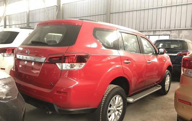 Bán Nissan Terra V giá tốt, sẵn xe giao ngay3