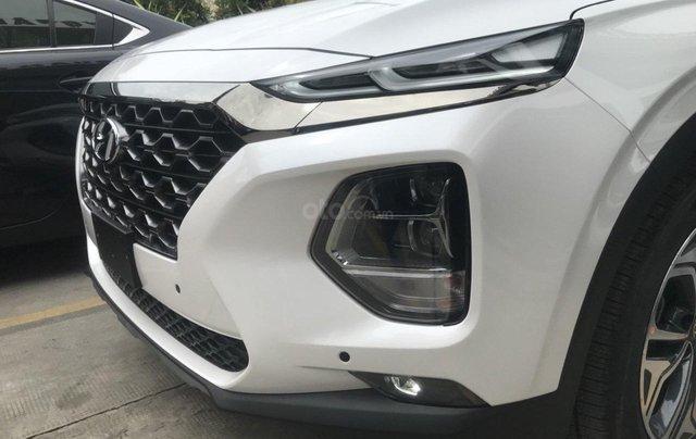 Hyundai Santa Fe 2.4AT đặc biệt sản xuất năm 2019, màu trắng6