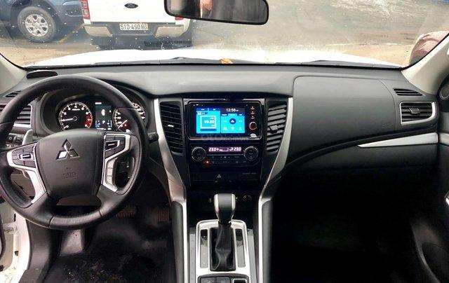 Bán ô tô Mitsubishi Pajero Sport 3.0G 4x4 AT năm 2018, màu trắng, xe nhập khẩu nguyên chiếc7