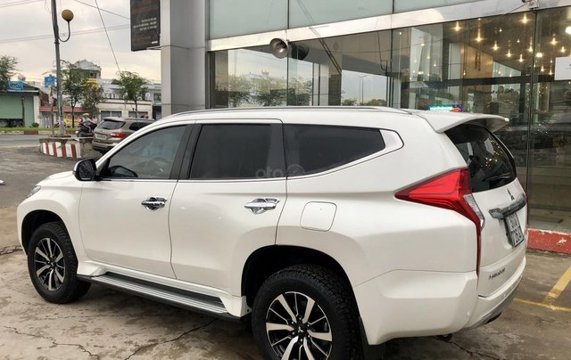 Bán ô tô Mitsubishi Pajero Sport 3.0G 4x4 AT năm 2018, màu trắng, xe nhập khẩu nguyên chiếc8