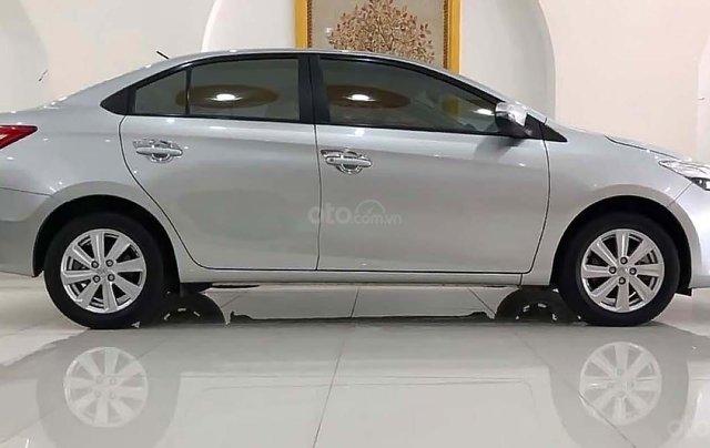 Cần bán Toyota Vios năm sản xuất 2014, màu bạc0