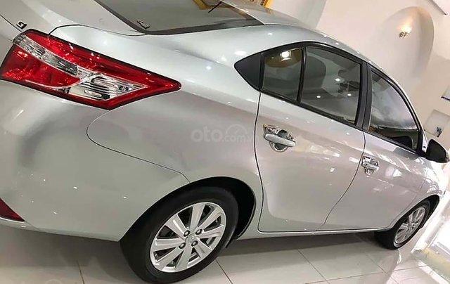 Cần bán Toyota Vios năm sản xuất 2014, màu bạc1