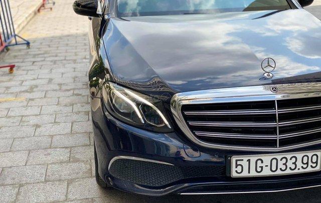 Bán xe Mercedes E200 đăng kí 2018 còn bảo hành chính hãng. Trả trước 500 triệu nhận xe ngay5