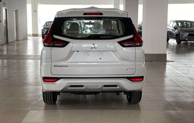 Bán Mitsubishi Xpander AT đời 2019, màu trắng, xe nhập, giá 620tr2