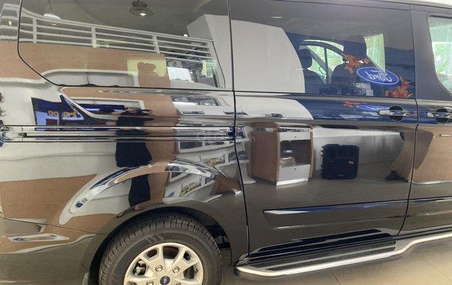 Ford Tourneo 2019 - Ngập tràn ưu đãi, tặng kèm phụ kiện, LH ngay: 09088124442