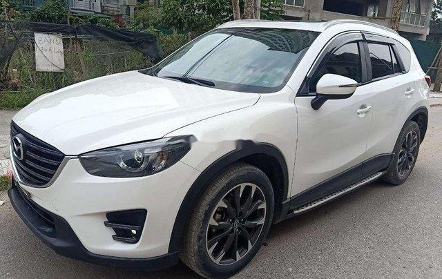 Cần bán lại xe Mazda CX 5 2.0 AT sản xuất năm 2017, màu trắng, giá tốt2