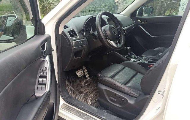 Cần bán lại xe Mazda CX 5 2.0 AT sản xuất năm 2017, màu trắng, giá tốt3