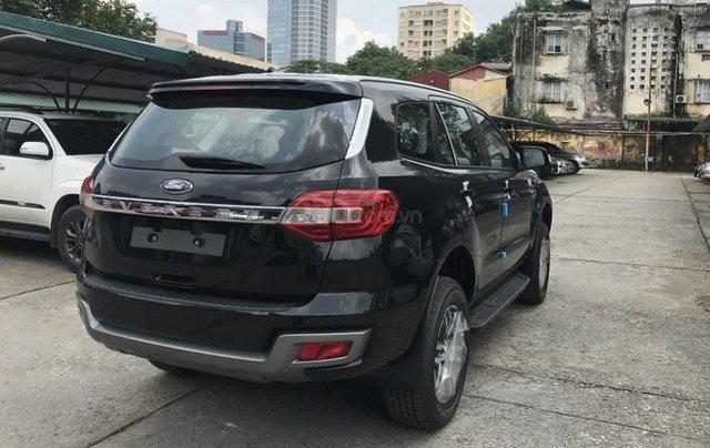 Ford Everest KM khủng, vay NH 90%, 230tr lấy xe ngay giao xe tận nhà1