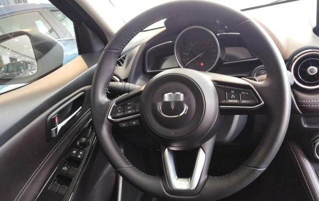 Cần bán Mazda 2 sản xuất năm 2019, khuyến mại hấp dẫn4