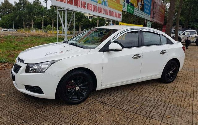 Bán xe Chevrolet Cruze đời 2015, màu trắng, nhập khẩu 7
