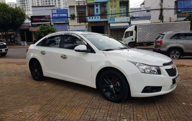 Bán xe Chevrolet Cruze đời 2015, màu trắng, nhập khẩu 4