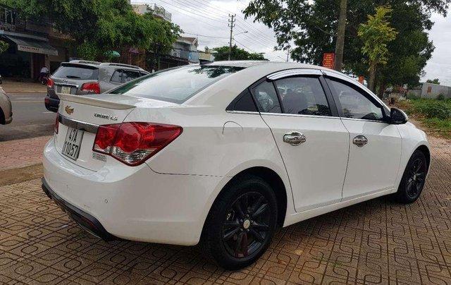 Bán xe Chevrolet Cruze đời 2015, màu trắng, nhập khẩu 3