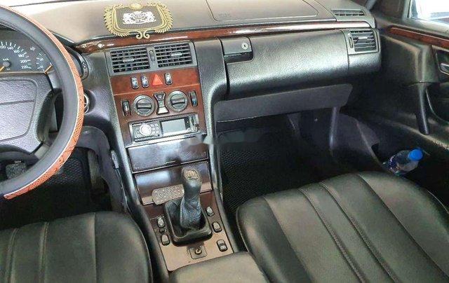 Cần bán gấp Mercedes E 230 1997, nhập khẩu nguyên chiếc2
