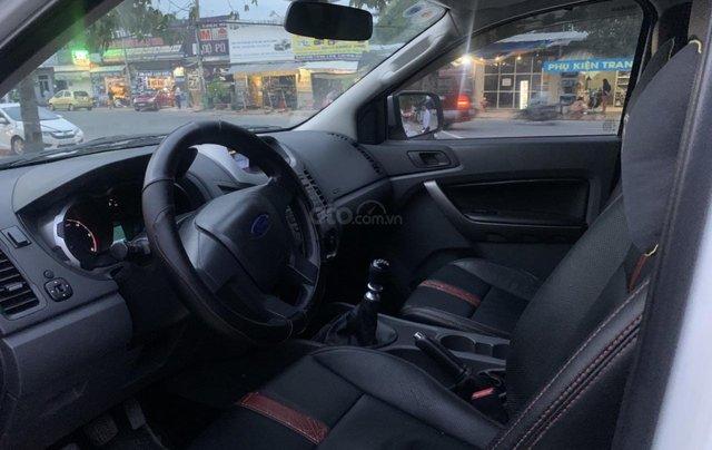 Bán ô tô Ford Ranger XLS 2.2L đăng ký lần đầu 2014, màu trắng, giá cả thương lượng, hotline 09012 678 552