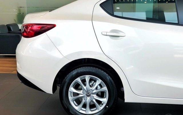 Bán Mazda 2 ưu đãi lớn tháng 10, tặng tiền mặt+phụ kiện+hỗ trợ 85%-giao ngay, LH: 09095141372