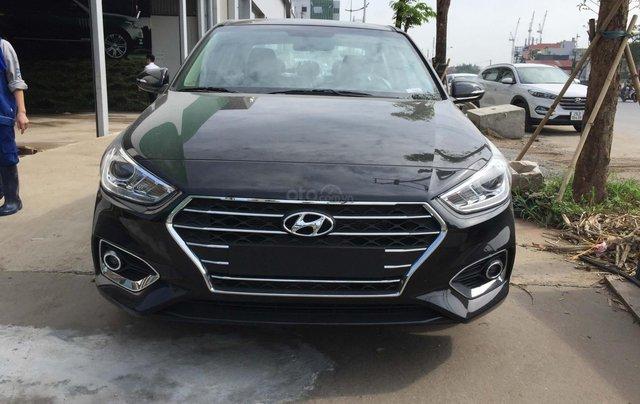 Bán Hyundai Accent 1.4 AT mới đời 2019, màu đen, xe sẵn đủ màu giao ngay0