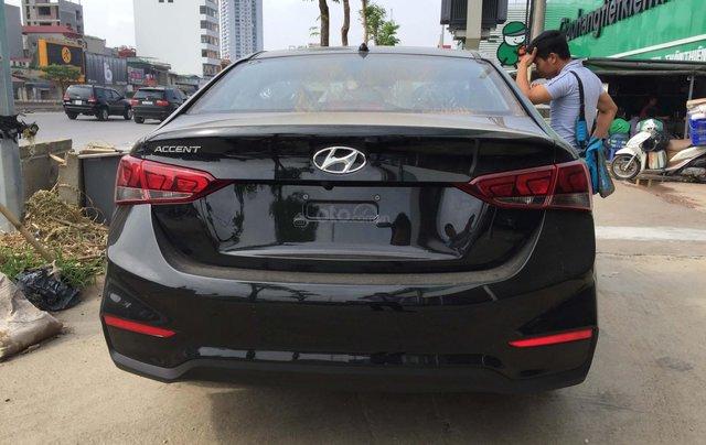 Bán Hyundai Accent 1.4 AT mới đời 2019, màu đen, xe sẵn đủ màu giao ngay3