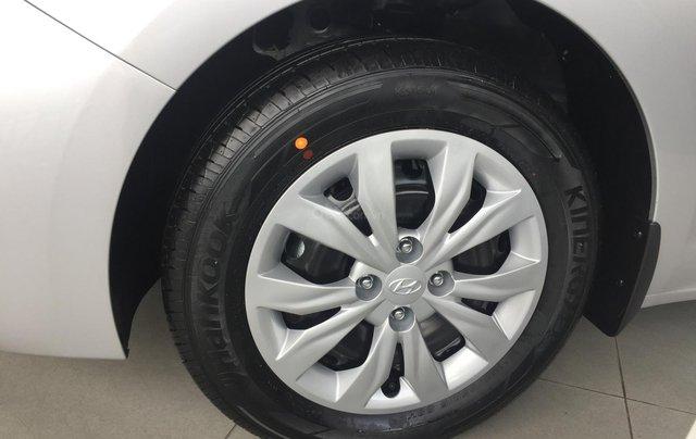 Bán Hyundai Accent 1.4 MT tiêu chuẩn mới 2019, đủ màu giao ngay3