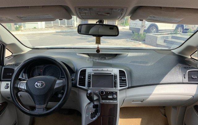 Cần bán Toyota Venza đời 2009, màu trắng, giá tốt1