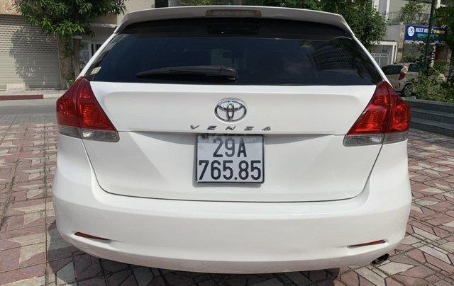 Cần bán Toyota Venza đời 2009, màu trắng, giá tốt4