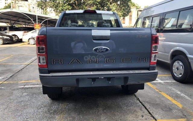 Bán xe Ford Ranger XLS 2.2L 2019 đủ màu, giá tốt, giao ngay, tặng full phụ kiện, gọi ngay 0978 018 8061