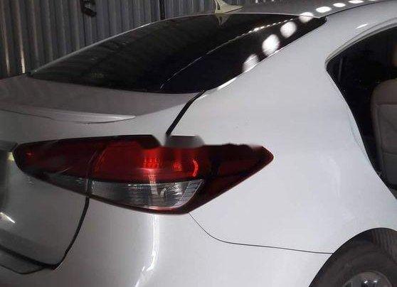 Bán Kia Cerato sản xuất năm 2017, màu trắng8
